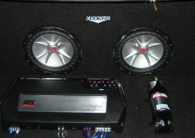 Nissan Sentra Kicker, MTX 1000